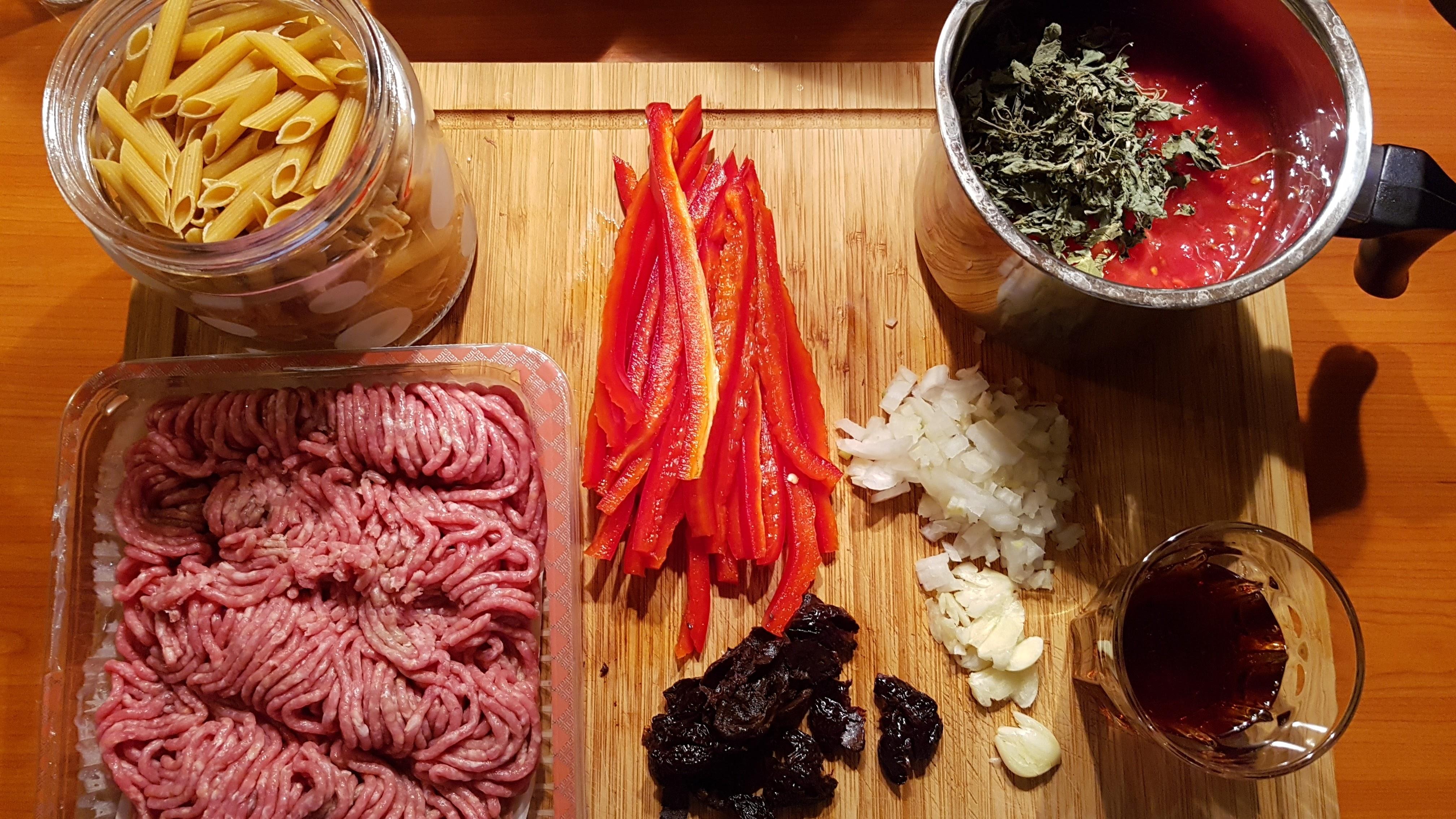 paste-carne-vita-ardei-masline